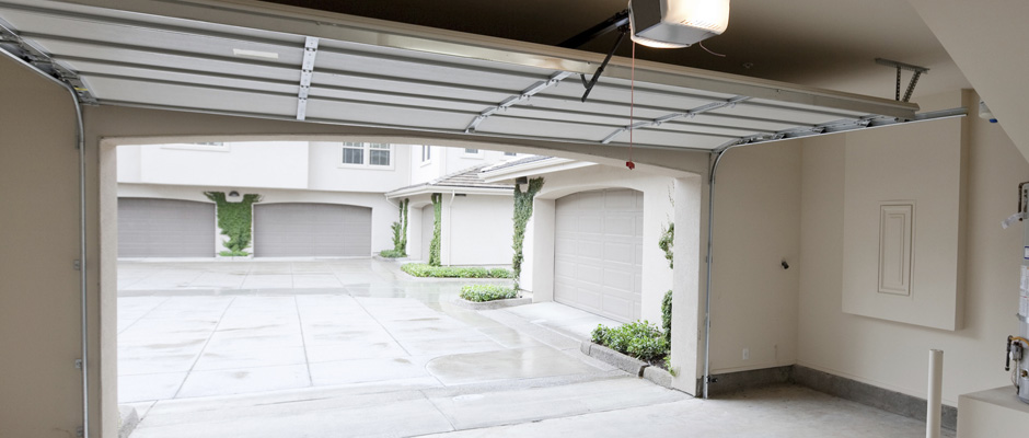 Startup Working On In The Garage Delivery To Prevent Porch