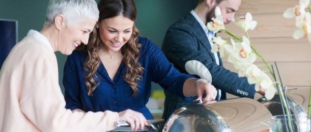 catering company: PearlFlower